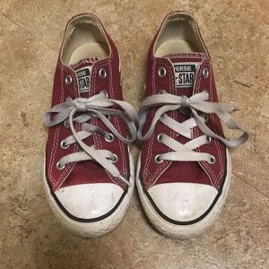 Red converse youth 13